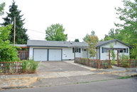2205 Nw 13th St Corvallis OR, 97330