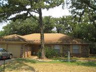 2315 S Pleasant Forest Street Arlington TX, 76015