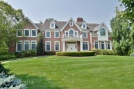 10 Mettowee Farms Court Upper Saddle River NJ, 07458