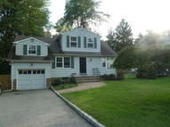 2 Colony Dr North Caldwell NJ, 07006