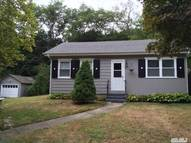45 Newfoundland Ave Huntington NY, 11743