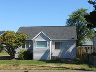 447 Ne 4th St. Newport OR, 97365