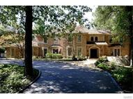 35 Somerset Downs Drive Saint Louis MO, 63124
