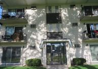 7102 W 107th St #2b Worth IL, 60482