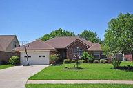 102 Madison Clute TX, 77531