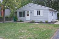 211 South Rosedale Court Round Lake IL, 60073