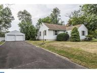 639 Barclay Ave Morrisville PA, 19067