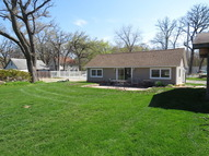2903 Oakwood Avenue Mchenry IL, 60051