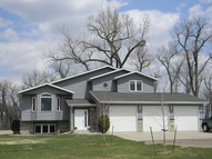 6836 Kingswood Rd Bismarck ND, 58503