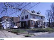 99 Kenny Ave Sharon Hill PA, 19079