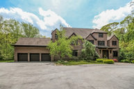1 Somerset Ln Saint James NY, 11780