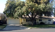 11594 Dawn Ln Hanford CA, 93230