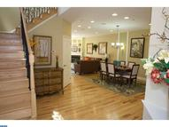 239 Clermont Dr Newtown Square PA, 19073