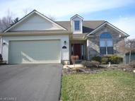 1202 Orchard Bend Dr Salem OH, 44460