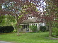 4 Woodlawn Place Clinton NY, 13323