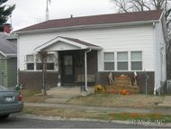 761 West Oak Street Chester IL, 62233