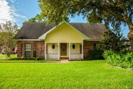 109 Avery Dr Youngsville LA, 70592