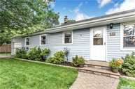 45 Arthur Ave West Babylon NY, 11704