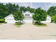6676 Hidden Lake Trl Brecksville OH, 44141