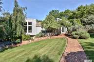 37 Roslyn Ct Port Jefferson NY, 11777