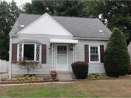 425 Archdale Ave Cuyahoga Falls OH, 44221