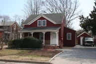 40 Cleveland  St Patchogue NY, 11772