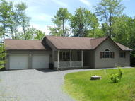 2195 N Estates Dr Pocono Summit PA, 18346