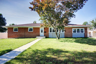 2716 Northern Cross Quincy IL, 62301