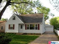 404 W 30th  Avenue Bellevue NE, 68005