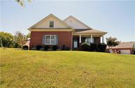 2512 David Ross Dr Columbia TN, 38401