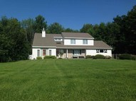 35 Pine Hill Ct Greenville NY, 12083