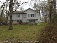 312 Killington Dr Henryville PA, 18332