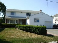 77 Main Pky Plainview NY, 11803