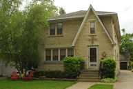 1608 Henry Place Waukegan IL, 60085