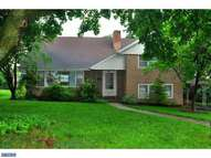 2307 Lasalle Dr Reading PA, 19609
