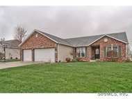 2005 Kensington Place Saint Jacob IL, 62281