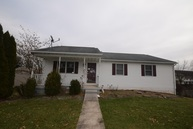 41 Boxwood Road Manchester PA, 17345