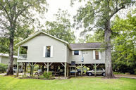 2033 Pascagoula River Road Moss Point MS, 39562