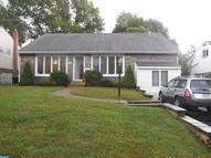 346 Windsor Park Ln Havertown PA, 19083
