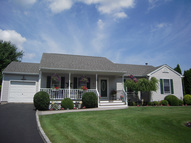 12 Seril Ct Aquebogue NY, 11931
