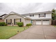 4732 Nw 76th Oklahoma City OK, 73132