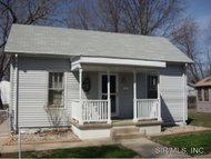 413 East 4th Street Staunton IL, 62088