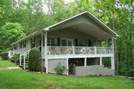 466 Maclor Forest Circle Franklin NC, 28734