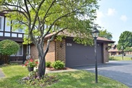 578 Cress Creek Terrace Crystal Lake IL, 60014