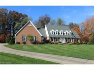 8150 Meadowood Dr Canfield OH, 44406