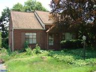 20 Margaret Dr Reading PA, 19609