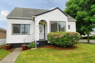 300 Meadow Ave N Renton WA, 98057