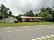 418 Red Hill Rd. Mount Olive NC, 28365