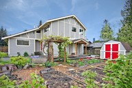 1901 N 120th St Seattle WA, 98133