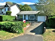 228 Riverview Cascade Locks OR, 97014
